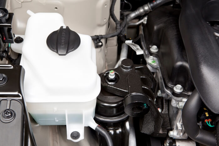 Coolant tank in the car